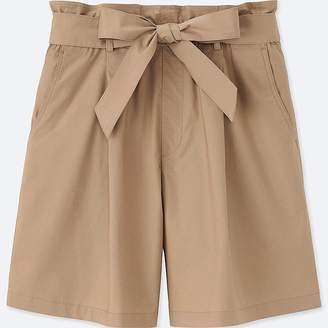 UNIQLO Women's High Rise Belted Shorts $19.90 thestylecure.com