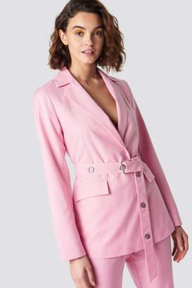Emilie Briting X Na Kd Belted Blazer Pink