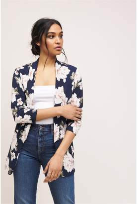 Dynamite Boyfriend Blazer With Ruching NAVY FLORAL