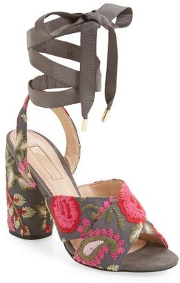 Women's Topshop Reena Embroidered Sandal $90 thestylecure.com