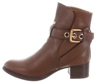 Chloé Leather Round-Toe Ankle Boots