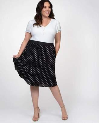 Kiyonna Boardwalk Bliss Skirt in Do The Polka Size 0X