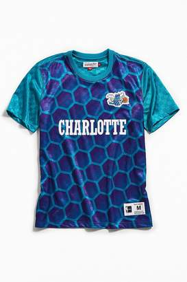 Mitchell & Ness Charlotte Hornets Jersey