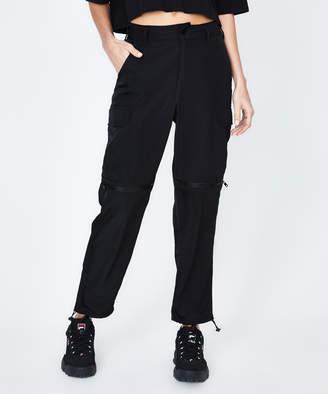 Standard Yesha Legacy Parachute Pant Black