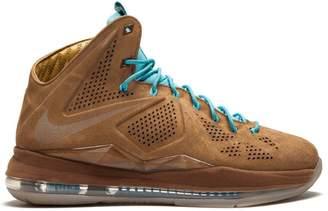 Nike Lebron 10 sneakers