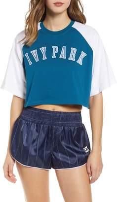 Ivy Park R) Baseball Logo Crop Tee