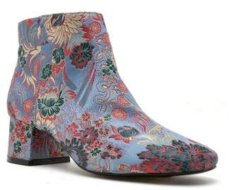Qupid Meyer Ankle Bootie