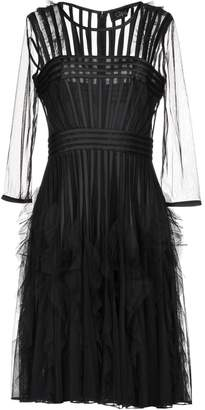 Clips Knee-length dresses - Item 34845983PO