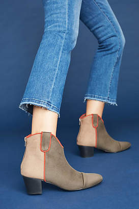 Vanessa Wu Colorblock Western Boots