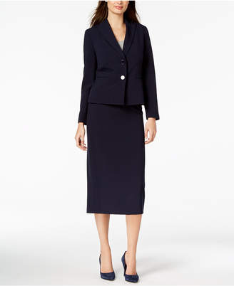 Le Suit Love length and dark midnight navy color