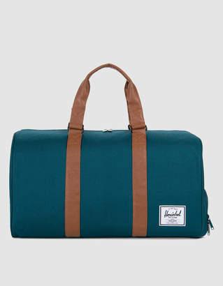 Herschel Novel Duffle Bag in Deep Teal / Peacoat