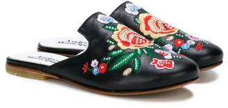 Andrea Montelpare floral embroidered slippers