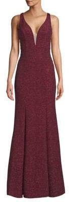 Xscape Evenings Long Glitter V-Front Gown
