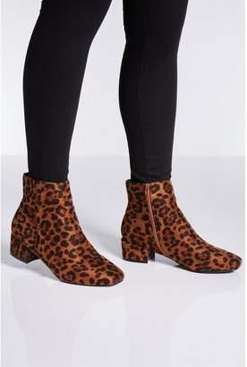 Quiz Wide Fit Leopard Print Block Heel Ankle Boots