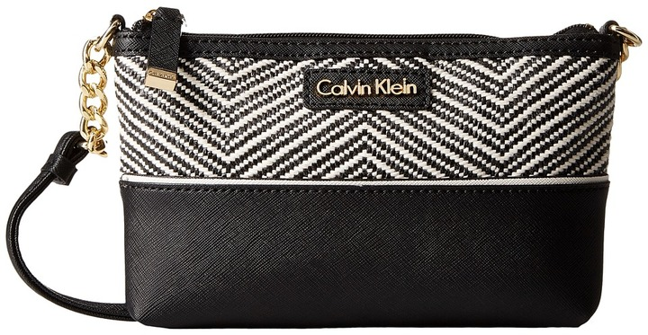 Calvin KleinCalvin Klein On My Corner Raffia Crossbody