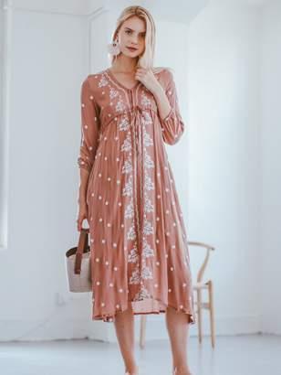 Goodnight Macaroon 'Jeanene' Embroidered Midi Dress