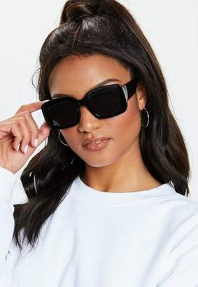 Missguided Madison Beer x Black Round Chunky Frame Sunglasses