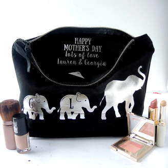 The Alphabet Gift Shop Personalised Mummy Elephant Toiletry Bag