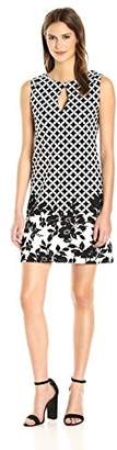 Gabby Skye Women's Sleeveless Round Neck Crepe Shift Dress