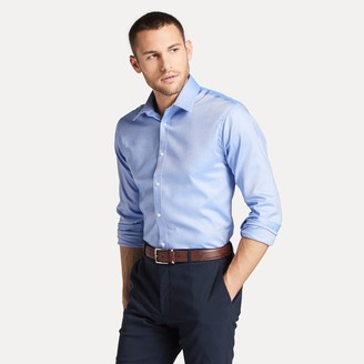 Tommy Hilfiger Essential Athletic Fit Dress Shirt