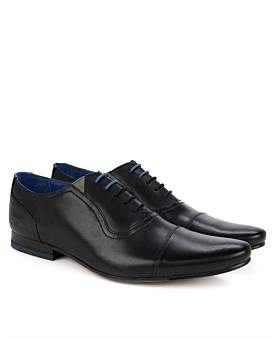 Ted Baker Cap Toe 5 Lace Oxford Pointed Toe Lace Up