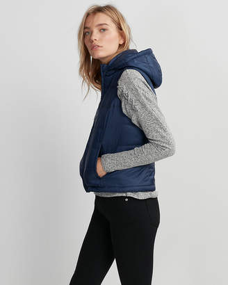 Express Hooded Puffer Vest
