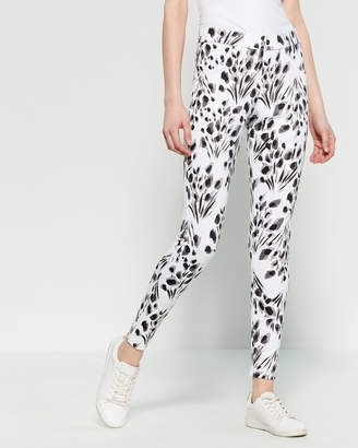 Hue Abstract Floral Essential Denim Leggings
