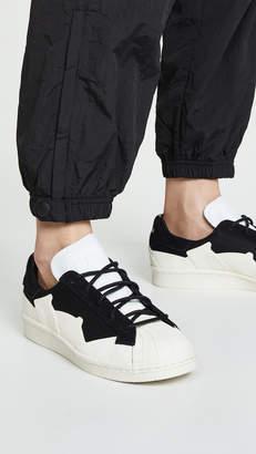 976bde5e2e4e Y-3 White Women s Sneakers - ShopStyle