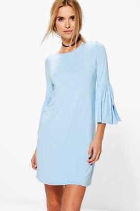 boohoo Stacey Split Bell Sleeve Shift Dress