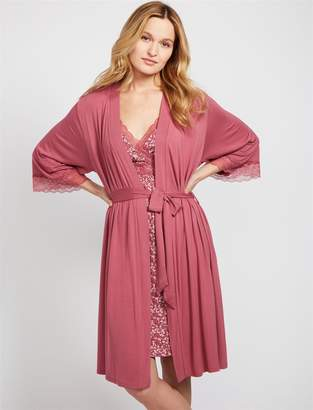 A Pea in the Pod Lace Trim Nursing Nightgown And Robe