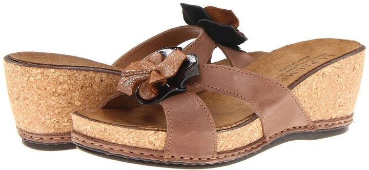 La Plume Dixie (Black) - Footwear