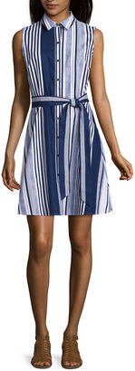 LIZ CLAIBORNE Liz Claiborne Sleeveless Shirt Dress $60 thestylecure.com