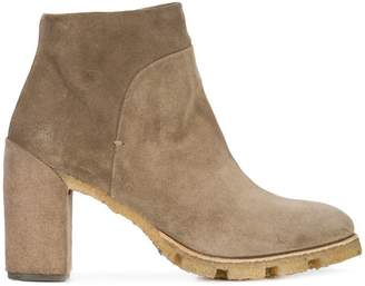 Silvano Sassetti ridged sole ankle boots