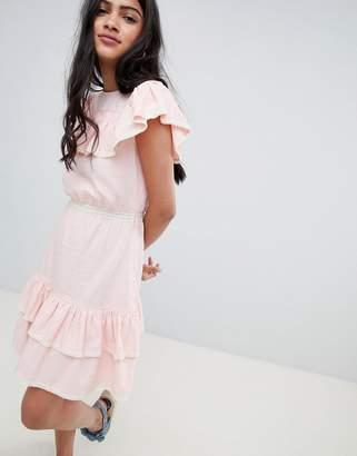 Glamorous Mini Dress With Ruffle Layers And Lace Trim