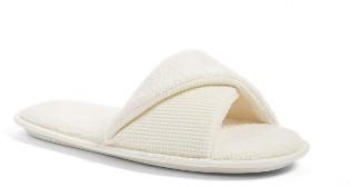 Women's Nordstrom Everyday Slide Slipper $19 thestylecure.com
