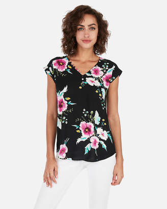 Express Floral Covered Button Gramercy Tee