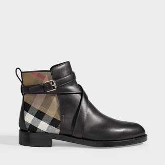 Burberry Vaughn Flat Ankle Boots In Black Calf Grain Lether
