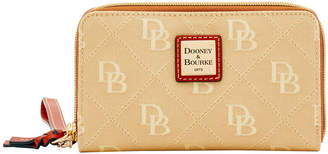 Dooney & Bourke Maxi Quilt Zip Around Phone Wristlet