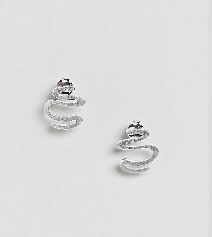 – Ohrringe aus strukturiertem Sterlingsilber mit Schnörkeldesign