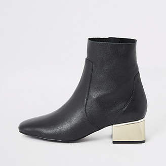 River Island Black gold tone block heel wide fit boots