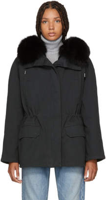 Yves Salomon Army Army Black Classic Short Fur-Lined Parka