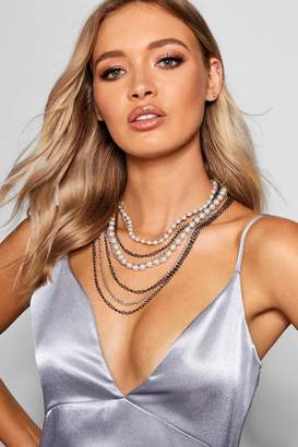 boohoo Layered Pearl & Chain Necklace