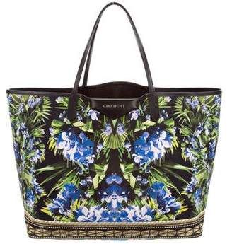 Givenchy Antigona Print Bag - ShopStyle de12655c08d65