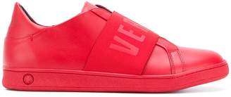 Versus front logo printed sneakers f