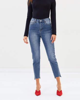 Atmos & Here ICONIC EXCLUSIVE - Jessie Step Hem Skinny Jeans