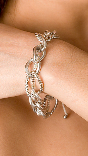 Bing Bang Pearl Chain Bracelet