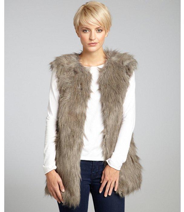 Romeo & Juliet Couture grey faux fur hook front vest