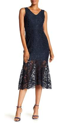 Nanette Lepore NANETTE V-Neck Sheath Lace Dress