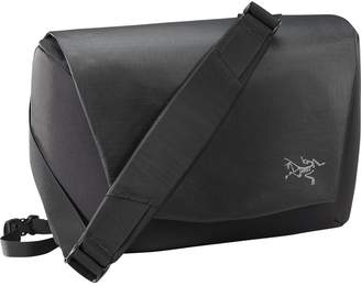 Arc'teryx Fyx 9L Messenger Bag