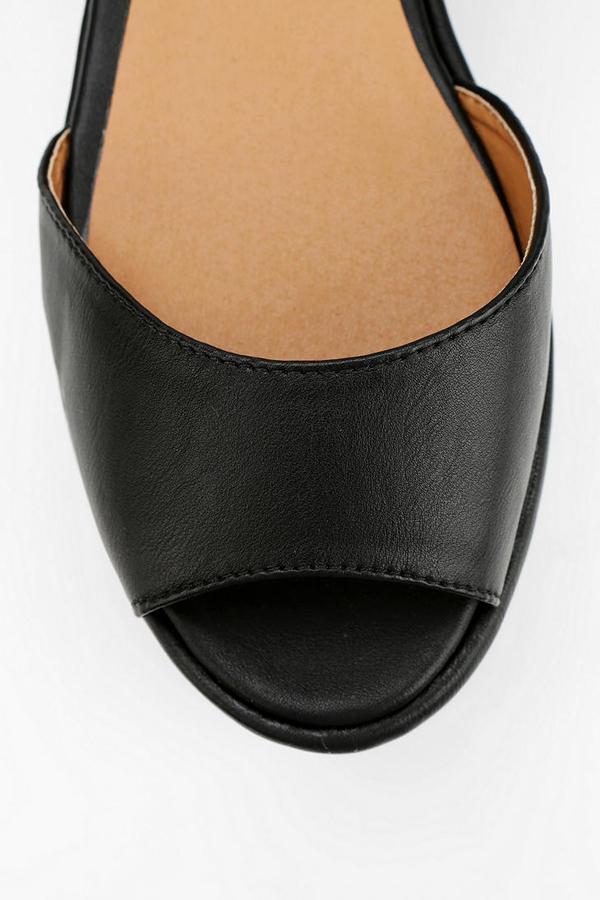 Urban Outfitters Deena & Ozzy Triple-Buckle Flatform Sandal